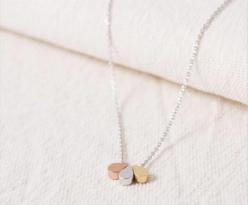 3 gold teardrop necklace